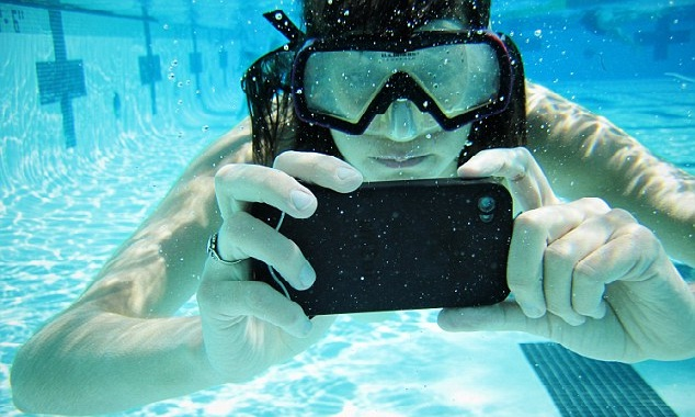 It's fun to do underwater photo shooting, but be extra careful