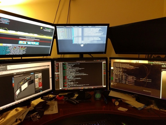 More is less? 6 monitors, woohoo